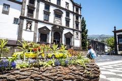 Kirche von Johannes der Evangelist im Regionalregierungsbereich von Funchal Es ist die Collegekirche der Universität von Funchal Lizenzfreie Stockbilder