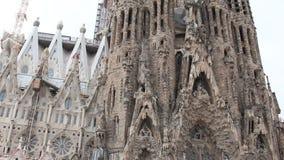 Kirche von La Sagrada Familia stock video footage