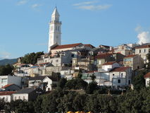 Kirche von Novi Vinodolski, Kroatien Lizenzfreies Stockfoto