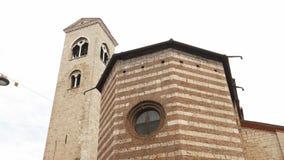Kirche von San Francesco (Heiliger Franziskus) in Brescia stock video footage