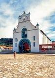 Kirche von San Juan in der Stadt von San Juan Chamula, Chiapas lizenzfreies stockbild