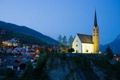 Kirche von Scuol Lizenzfreie Stockfotografie