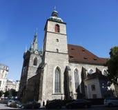 Kirche von St. Henry und von St. Kunhut nahe Henry-` s Glockenturm in Prag, Tschechische Republik Lizenzfreie Stockbilder