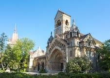 Kirche von Vajdahunyad-Schloss, Budapest, Ungarn stockbilder