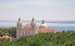 Kirchen des Sao Vicente und Sankt Engracia, Lissabon Lizenzfreie Stockfotos