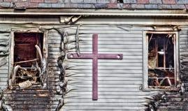 Kirchen-Mitte Ravged durch Feuer Lizenzfreies Stockbild