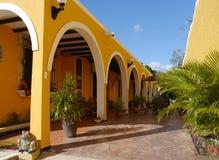 Kirchengelb Stadt-Klosterkloster Izamal Mexiko Yucatan Lizenzfreies Stockbild
