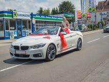 Kirchheimbolanden, Рейнланд-Пфальц, Germany-06 23 2019: Парад праздника на улицах немецкого городка во время недели фестиваля пив стоковая фотография