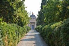 Kirchhof-Allee in Montecchio Emilia stockbilder