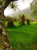 Kirchhof, Glendalough sieben Kirchen, Irland Lizenzfreie Stockbilder
