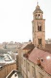 Kirchturm in alter Stadt Dubrovniks Lizenzfreie Stockfotos