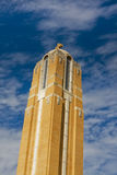 Kirchturm auf Winkel Lizenzfreies Stockfoto