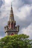 Kirchturm des alten Heiligen Fergus Church im Docht, Schottland Lizenzfreie Stockbilder