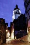 Kirchturm nachts Stockfotos