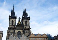 Kirchturm in Prag Stockfotografie