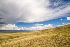 Kirgizistanlandskap arkivbilder