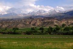 Kirgizistannatur arkivfoto