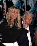 Kirk Kerkorian chega nos HBO da ?premier de Los Angeles sua maneira? imagem de stock