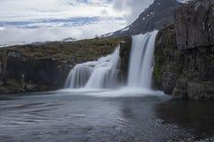 Kirkjufell-Berg in Grundarfjordur Stockbilder