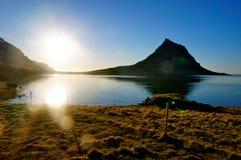 Kirkjufell berg i Island Fotografering för Bildbyråer