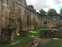 Kirkstall Abbey in Leeds 10. Kirkstall Abbey is a ruined Cistercian monastery in Kirkstall, north-west of Leeds city centre in West Yorkshire, England. It is set Stock Photos