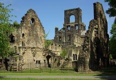 Kirkstall abbotskloster, Leeds, UK Royaltyfria Foton