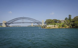 Kirribilli Haus u. Sidney Harbour Bridge Stockbild