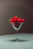 Kirschen im Glas Lizenzfreies Stockfoto