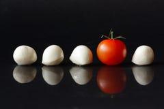 Kirschtomate und Mozzarella. Lizenzfreie Stockfotos