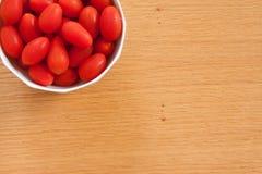 Kirschtomaten in einer Schüssel Lizenzfreies Stockbild