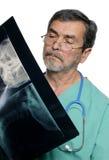 kirurg för doktorsmd-läkarundersökning Arkivfoto