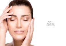 Kirurgi och anti-åldras begrepp SkönhetframsidaSpa kvinna arkivfoto