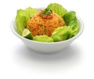 Kisir,碾碎干小麦沙拉,土耳其食物 免版税库存图片