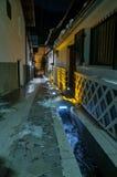 Kiso-Fukushima gata på natten Arkivbild