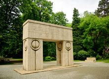 Kiss Gate artwork Constantin Brancusi Stock Photos