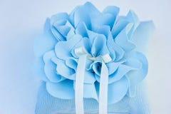 Kissen für Hochzeitsringe Stockbilder