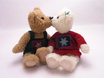 Kissing bears 1. Stuffed male and female valentine's bears kissing Royalty Free Stock Photography