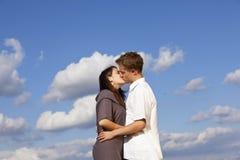 Kissing teenage couple Royalty Free Stock Photo