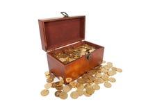 Kist van gouden muntstukken Stock Afbeelding