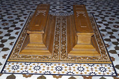 Kisten in een Islamitisch Graf royalty-vrije stock foto