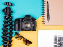 Kit de blogger de voyageur pour des vacances d'été Photos libres de droits