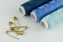 Kit de couture bleu Photo libre de droits