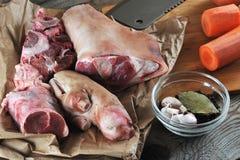 Kit pour la préparation de la gelée - jambes de porc, jambes de porc, carro Photographie stock libre de droits
