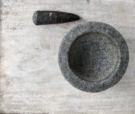 Kitchenware антиквариата миномета и пестика Стоковые Изображения