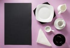 Kitchenware på abstrakt bakgrund Fotografering för Bildbyråer