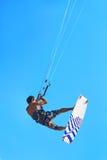 Kiteboarding, Kitesurfing 极端水上运动 冲浪者空气Acti 免版税库存图片