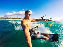 Kiteboarding, sport di Extereme Immagine Stock
