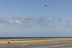 Kitebuggy sur la plage Images stock