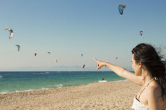 Kitesurf στην παραλία Στοκ φωτογραφίες με δικαίωμα ελεύθερης χρήσης
