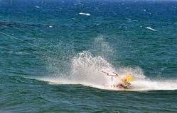 Kitesurf pendant l'été Photo stock